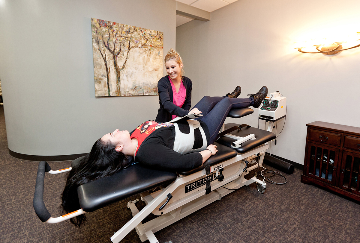 spinal rehab, lumbar traction, decompression, chiropractor, the colony tx